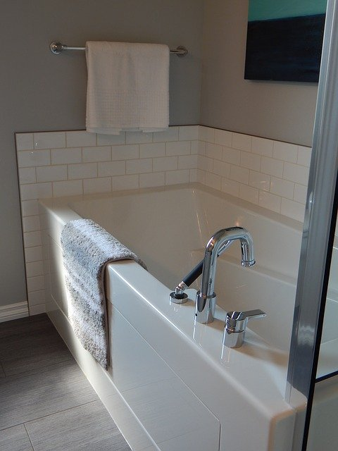 bathtub reglazing Philadelphia